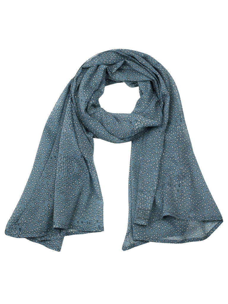 The Leo Cloud Scarf is hand-block printed with non-toxic, AZO-free dyes on the softest, gauziest cotton. A fresh, easy accent piece for any outfit.