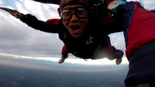Load image into Gallery viewer, Skydiving in Seattle