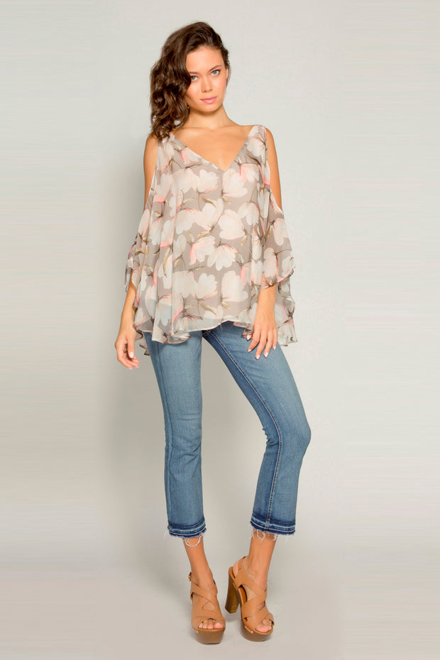 Coral Cold Shoulder Bell Sleeve Floral Blouse By Lavender Brown 001