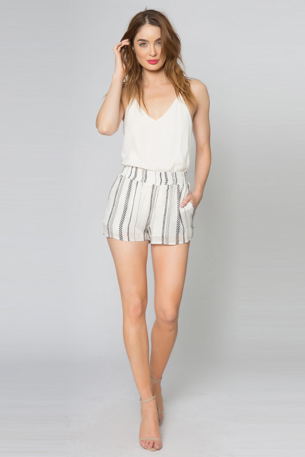 Black Striped Jacquard Shorts With Pockets 001