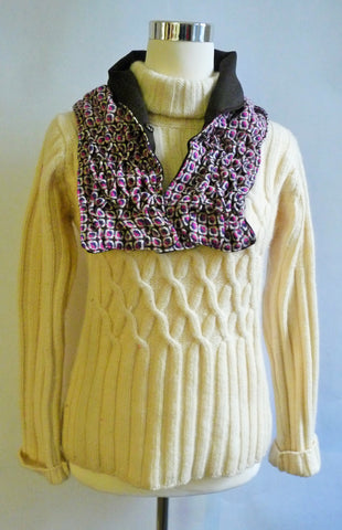 Smocked cowl in pink and brown checked wool
