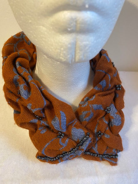 Smocked cowl in blue and orange wool