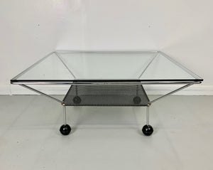 Post modern Coffee Table in the Style of Ettore Sottsass and Michelle de Lucchi