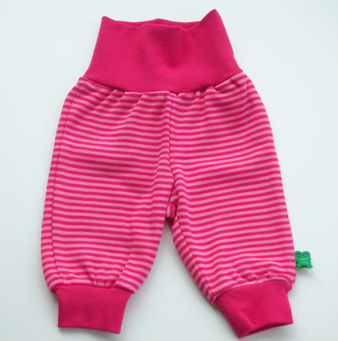 Smilla de Green Cotton, pantalón fucsia