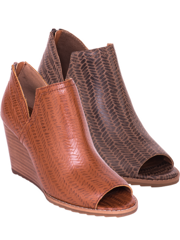 Vino Woven Print Leather Wedge By Mark Jenkins