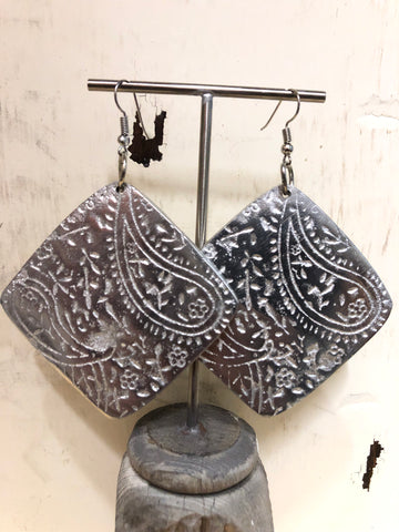 TRADES BY HAIM SHAHAR PAISLEY PATTERN RECYCLED ALUMINUM EARRINGS
