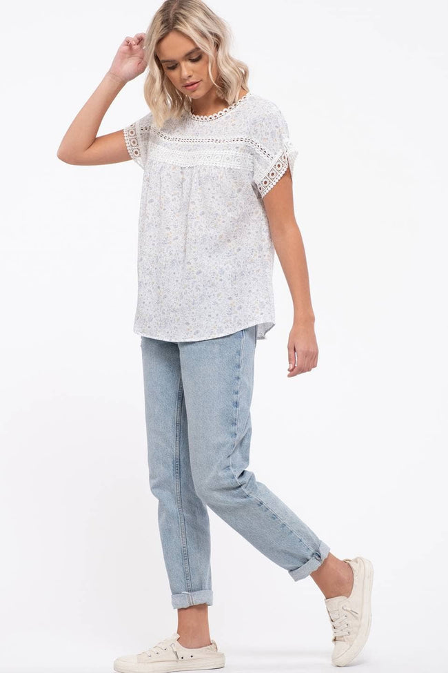 Floral Eyelet Top - aheadofthecurve-gifts