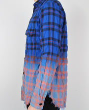 Load image into Gallery viewer, Gradient Distressed Flannel