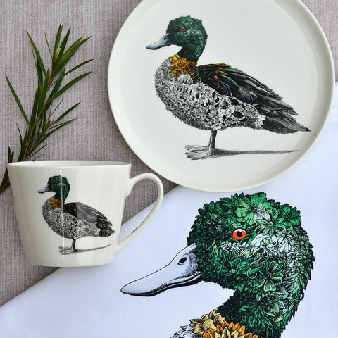 Chestnut Teal Duck - Maxwell & Williams Plate