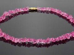 Stone handicrafted necklace - Magenta