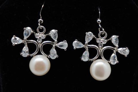 Elegant silver and real pearls earrings