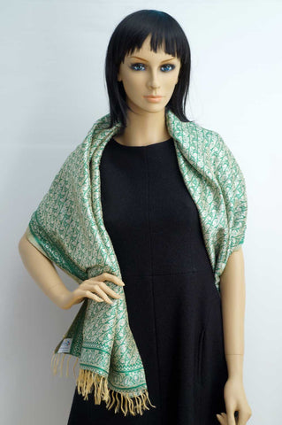 Green large silk shawl flowery embroidery