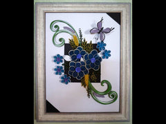 Paper filligree handmade tridimensional flowers frame