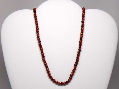 Handicraft necklace with wood-like stone