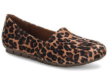 Load image into Gallery viewer, Born Sebra Leopard Slip On