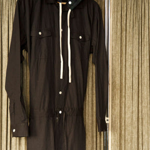 HOODED JUMPSUIT [BLACK]