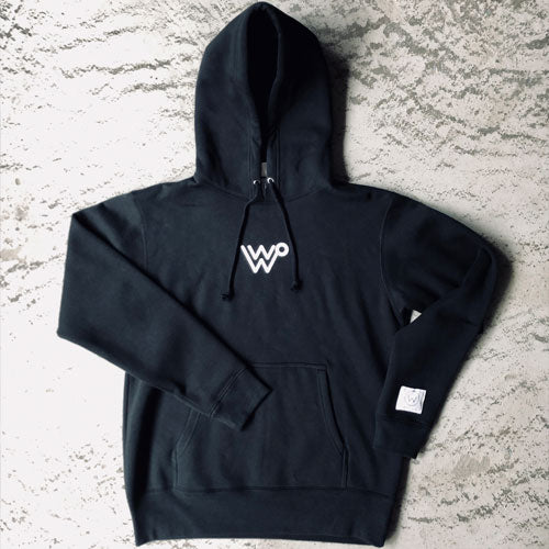 W LOGO SWEAT PARKER [BLACK]