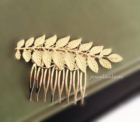 gold bridal hair comb made with leaves