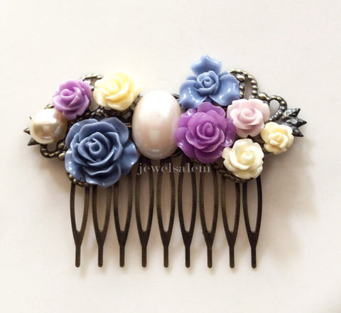 customised bridal comb and matching bridesmaids comb by jewelsalem
