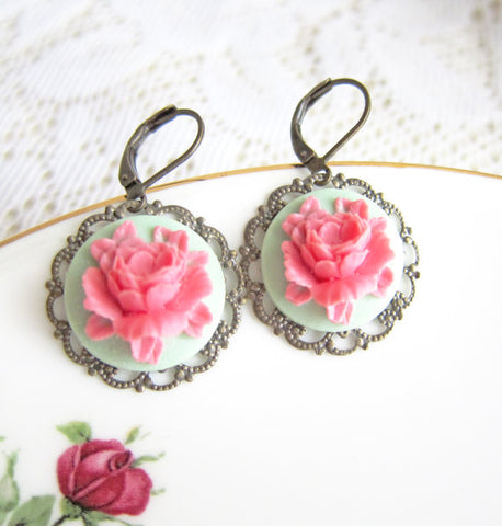 dainty floral earrings for bride in rustic shabby chic wedding