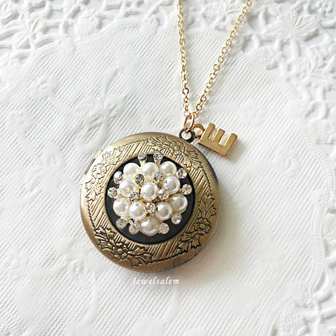 bridesmaid locket with rhinestone, personalised initial necklace
