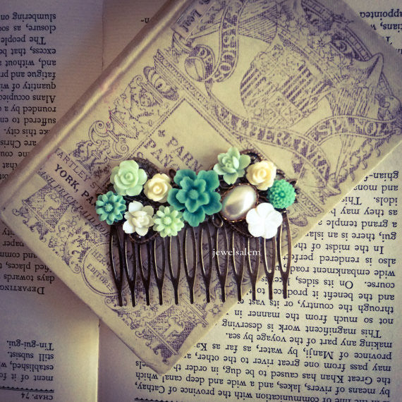 Teal Wedding Hair Comb Aqua Mint Green Turquoise Seafoam Bridal Headpiece Woodland Floral Rustic Flowers Hair Slide Vintage Style WR - Jewelsalem