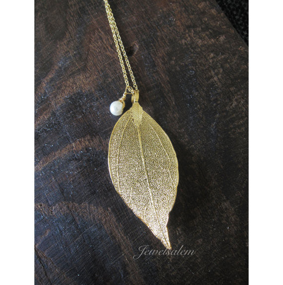 Gold Leaf Necklace with Small Pearl - Jewelsalem