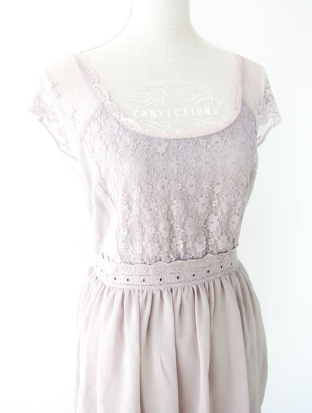 Romantic Lace Dress Jane Austen Vintage Style Mauve Soft Lilac Pastel Dainty Quaint Chintz Dress - Jewelsalem