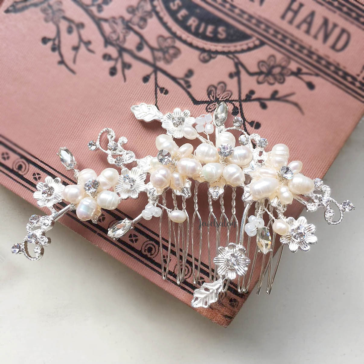 Kelly - Freshwater Pearl Bridal Comb
