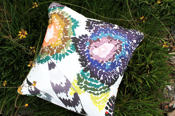 An Lim Wildflower pillow
