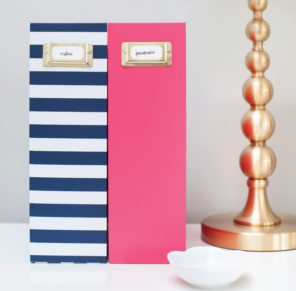 Navy Stripe, Magazine Box