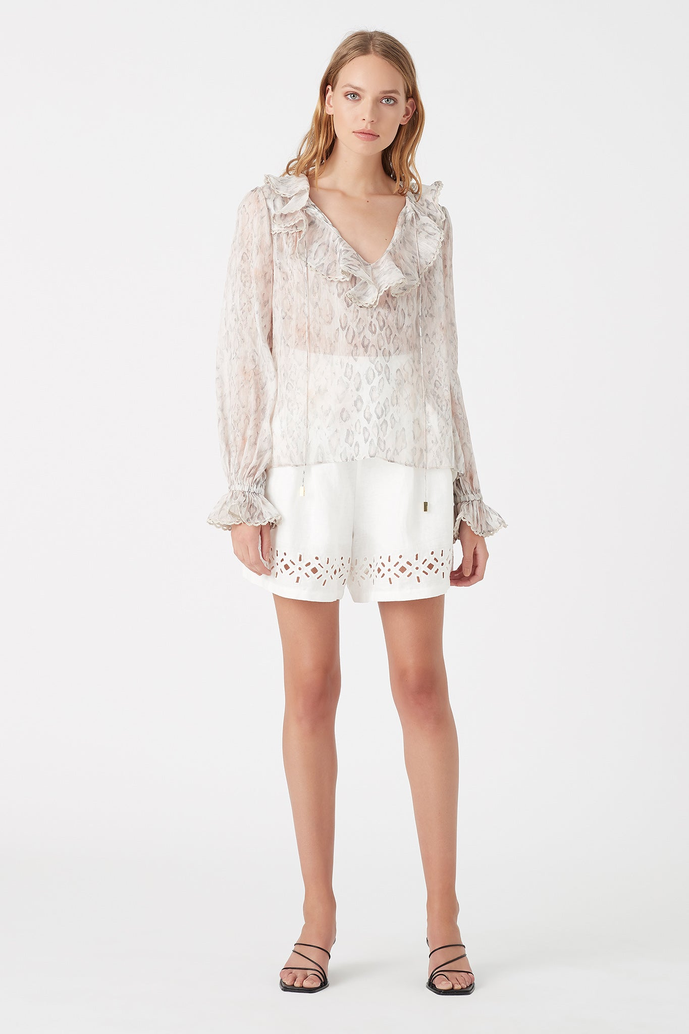 Ada Broderie Short Outfit View