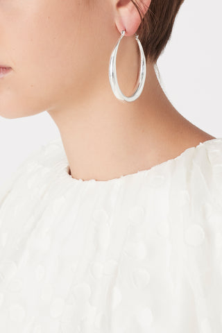 The Looped Hoops