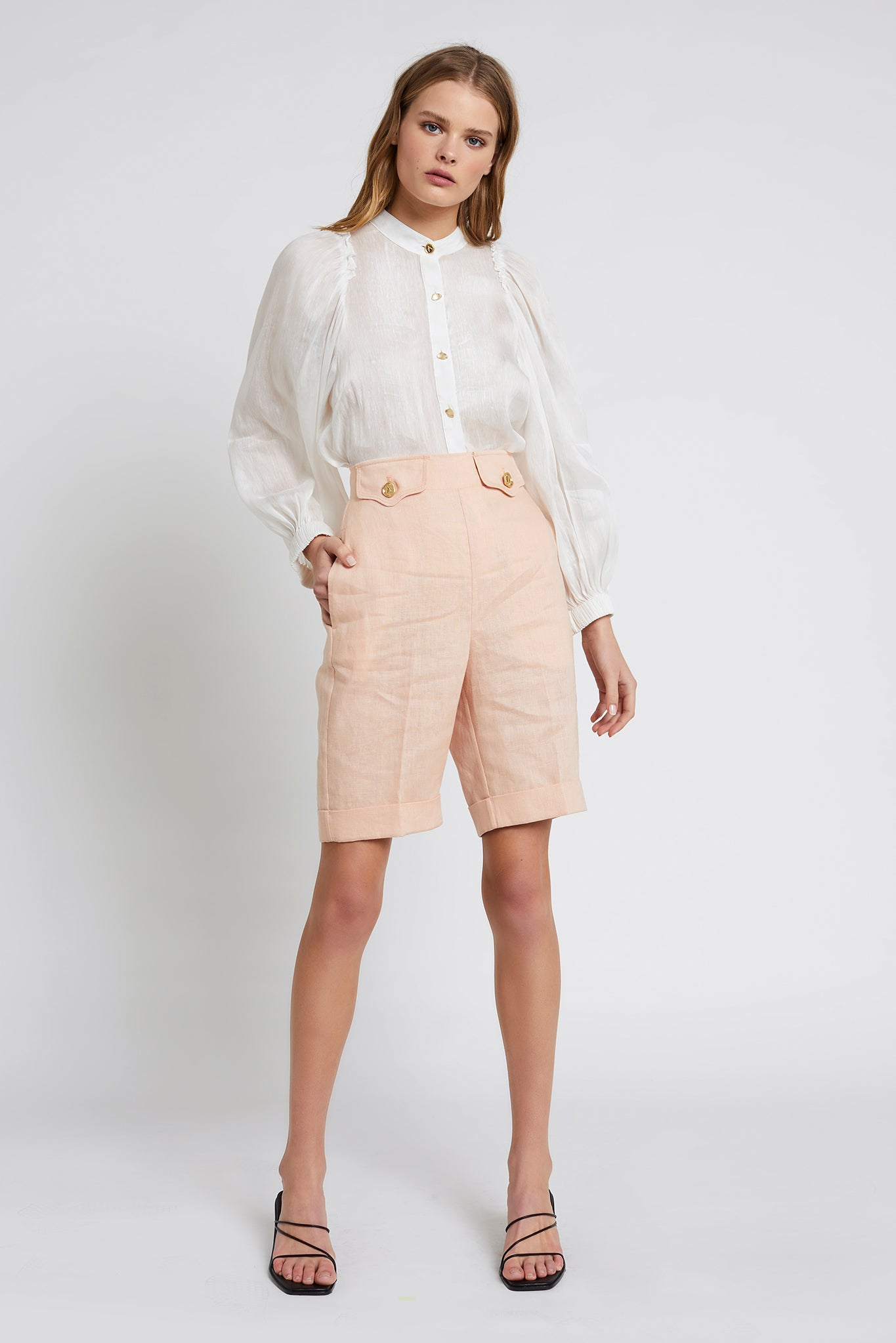 Alby Bermuda Short Outfit View