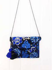 Embroidered Clutch-003