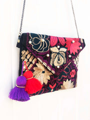 Embroidered Clutch-005