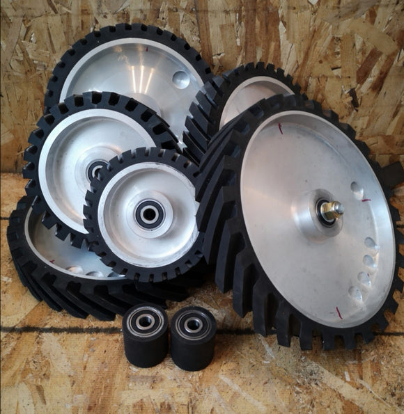 Belt grinder contact wheels