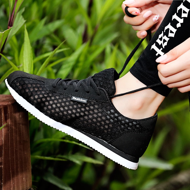 Women's Breathable Flat Shoes Light Soft Sport Shoes Women Tennis Shoes Female Stability Walking Sneakers Trainers Cheap
