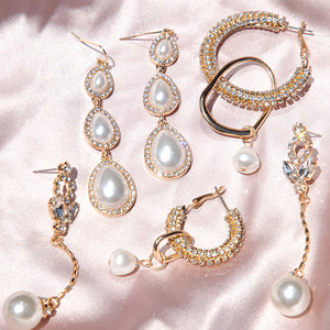 <h6><u>Shop Gold & Pearl</u></h6>