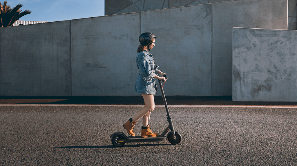 Riding Safely When Using an Electric Scooter in Public Image