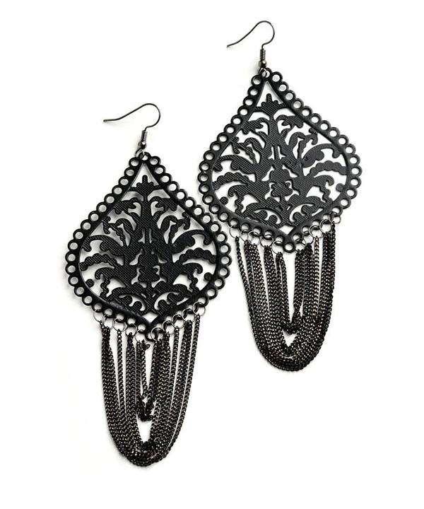 LOOP TASSEL DESIGN EARRINGS