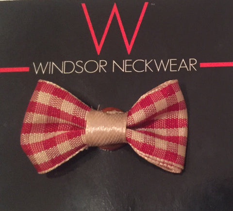 Red and Cream Plaid Bow Tie Lapel
