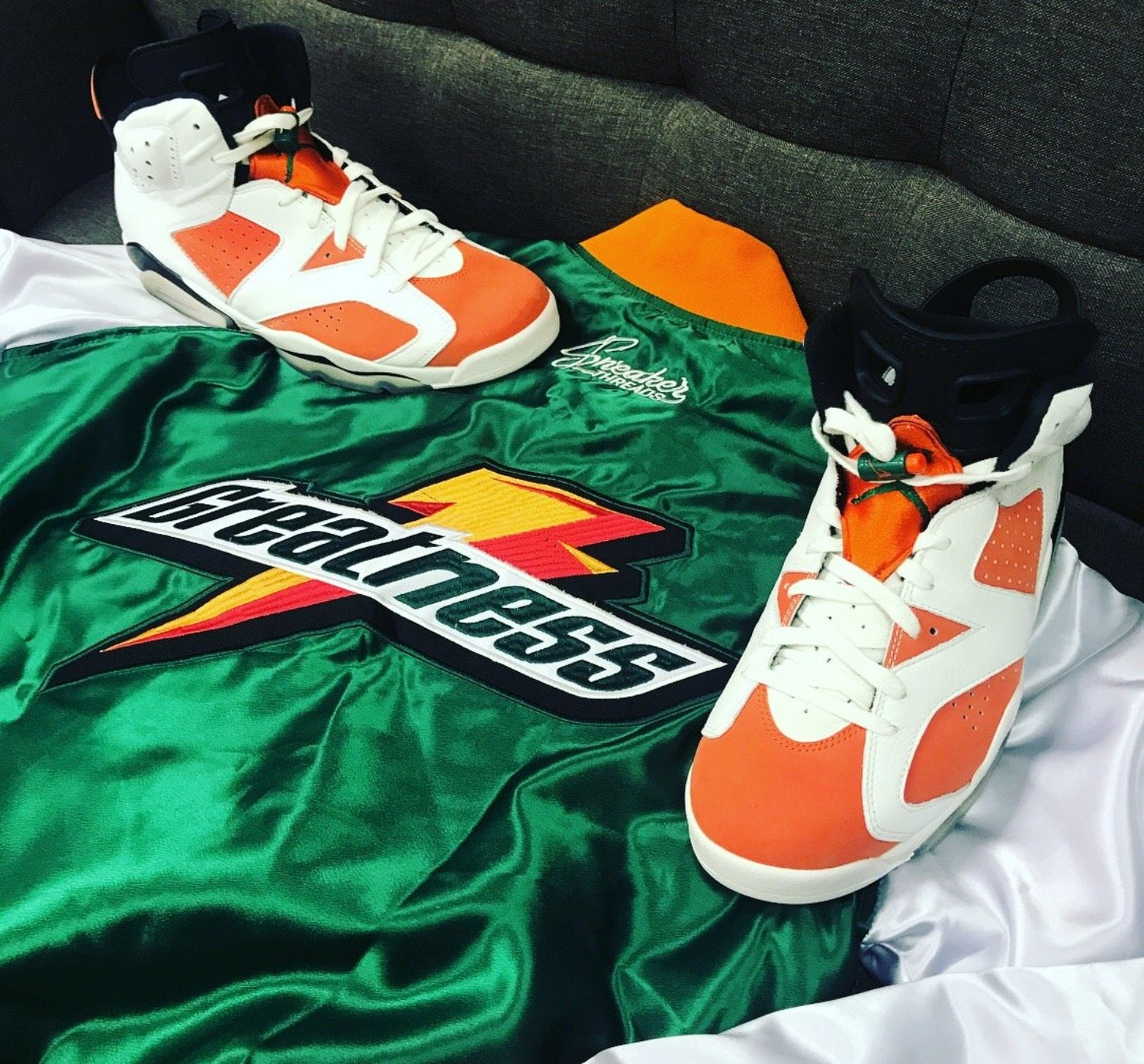 94647e8ac82 Jordan 6 gatorade bomber jacket match retro 6 like mike.
