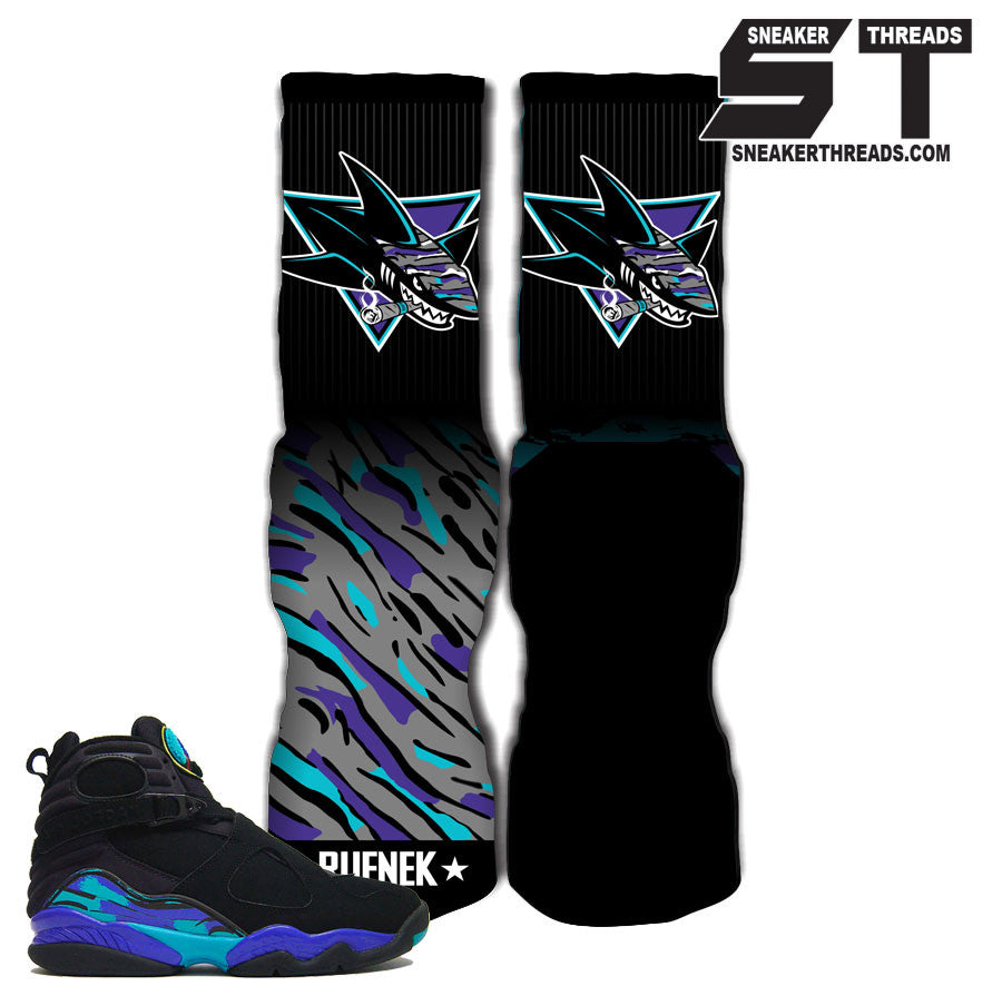 Socks match Jordan 8 aqua elite socks.