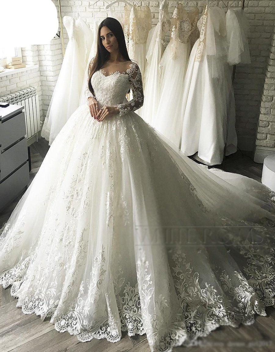 5b14e51b4bc Vintage Ball Gown Embroidery Arab Dubai Wedding Dress long Sleeve Plus Size  Appliques Tulle White vestidos