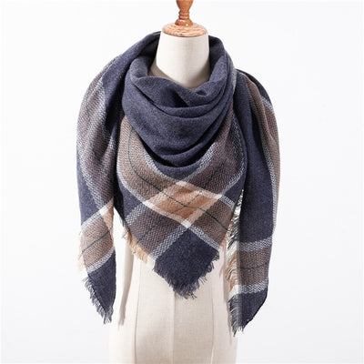 2a3e799f4db52 2018 new brand women scarf fashion plaid soft cashmere scarves shawl lady  wraps designer Triangle warm