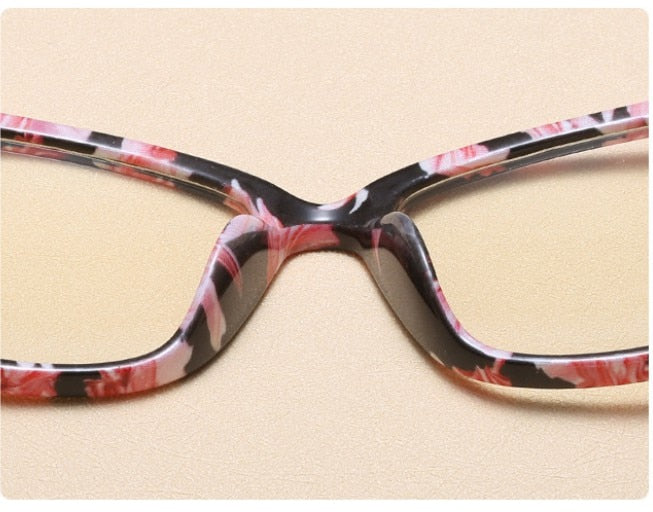 40f18b97565a Ladies Sexy Cat Eye Glasses Frames Women Metal Legs CCSPACE 45077 Brand  Designer Optical Fashion Eyewear