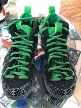Load image into Gallery viewer, Oregon duck foams size 7.5