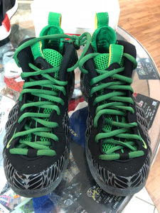 Oregon duck foams size 7.5