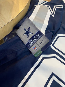 Brand new Nike Ezekiel Elliott Dallas Cowboys Jersey Size Large